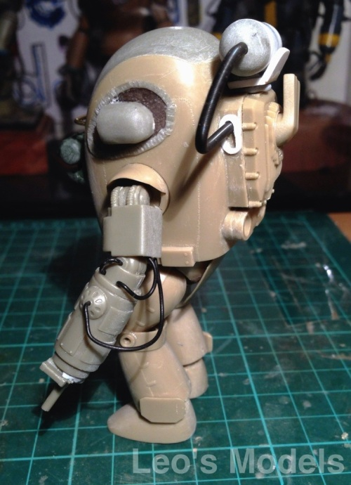Maschinen Krieger 1/20 Skinhead WIP - left rear side